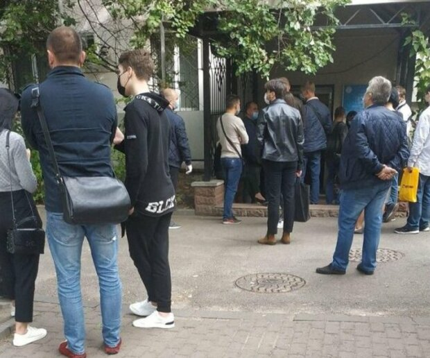Поместили в изоляторы: в Одессе приезжих массово проверяют, что происходит