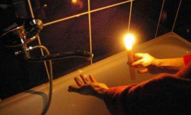 Коллапс в Днепре: сотни семей останутся без воды и света, адреса