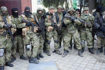 1399978799_terroristy-donbassa-okazalis-mezhdu-dvuh-ogney1