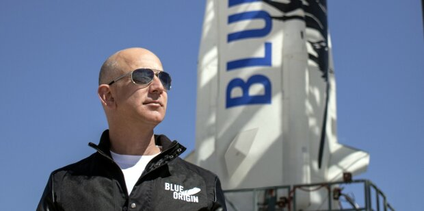 jeff-bezos-blue-origin-e1473765439414