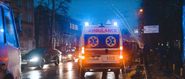 """Людей розстріляли прямо посеред вулиці у Дніпрі, екстрено введено план """"Сирена"""": фото з місця"""