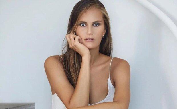 """Ведуча """"Топ-модель по-українськи"""" натягнула корсет і показала свою гордість: """"всім дівчаткам потрібно..."""""""