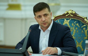 """В Україні нова загроза, президент екстрено скликає РНБО: """"Необхідна негайна..."""""""
