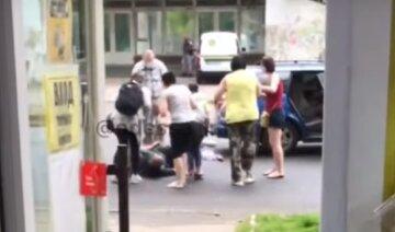 Дітей збили в Одесі: кадри з місця ДТП і що відомо про їх стан