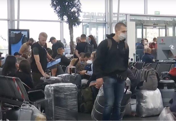 """Українських заробітчан масово виганяють, суворі зміни вступили в дію: """"залишився один день"""""""