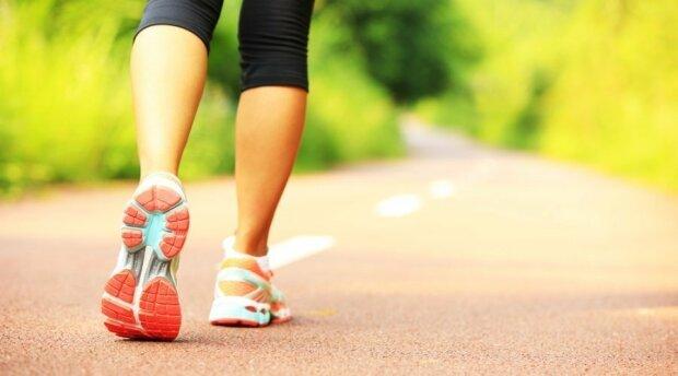 Покращиться зір, психіка і травлення: 11 причин, які змусять ходити пішки