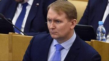 """В Кремле рассмотрят ввод армии для помощи Армении, заявление: """"Если признают Крым Россией"""""""