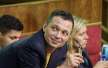 Максим Болдин