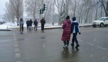зима погода люди снег холод мороз переход пешеходы