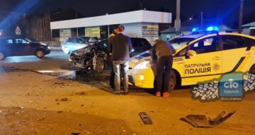 У Харкові трапилася жорстка аварія, машини всмятку: кадри з місця ДТП