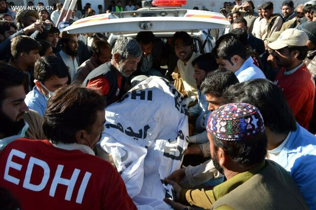 Число жертв теракта в Пакистане возросло до 25