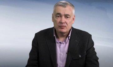 Политолог рассказал, кто спекулирует переговорным процессом вокруг Донбасса