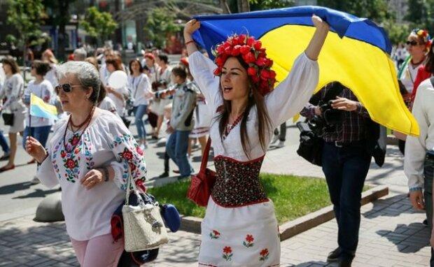 украинцы-640×394