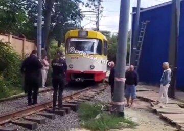 Трамвай забрал жизнь пенсионерки: трагические кадры из Одессы