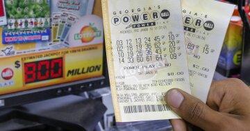 Шутки Фортуны: женщина дважды за три дня выиграла в лотерею