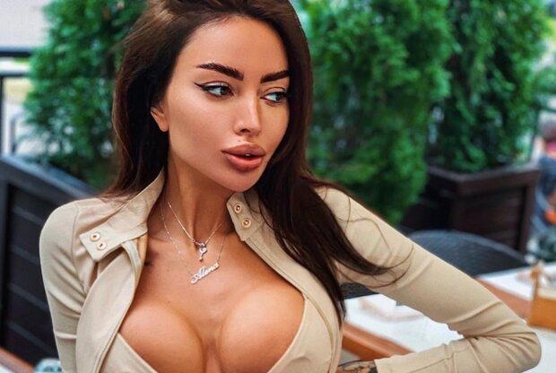 Українська Кардашьян влаштувала гарячі розваги в ліжку: це перейшло всі межі
