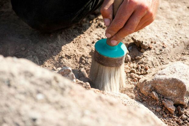 Археологи озадачили необычной находкой: «Это использовали для захоронения»