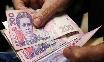 Старо як світ: навіщо в уряді задумали перерахунок пенсій