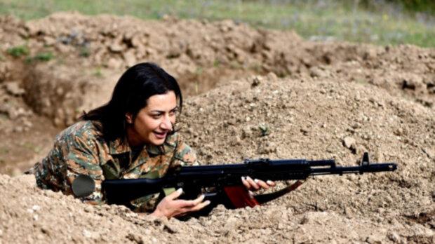 """""""Отправимся защищать родину"""": жена премьера Армении Пашиняна вслед за сыном решила воевать в Карабахе"""