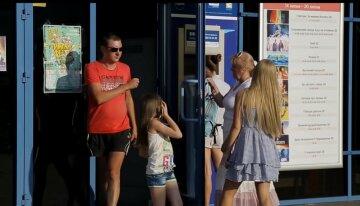 Заважала дивитися фільм: харків'янин вдарив 11-річну дівчинку в кінотеатрі