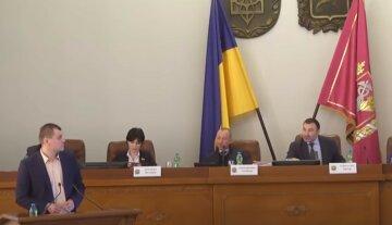 """""""Впевненіше себе почуваю"""": харківського депутата покарали за російську мову, деталі скандалу"""