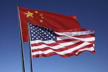 сша китай флаги