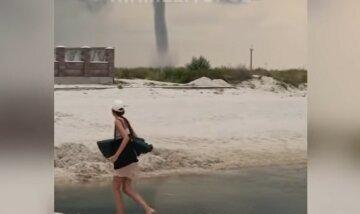 Потужний торнадо прокотився по українському курорту: лякаюче відео