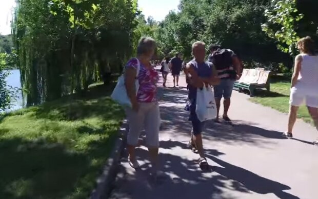 """Киевлян предупредили об опасности, детали: """"Никаких ярмарок и выставок"""""""