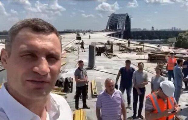 """Пиар-ход Кличко обойдется киевлянам в миллиарды, люди вышли на улицы: """"Забыл все обещания"""""""