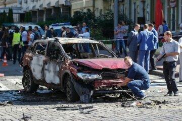 Опублікували відео закладання бомби під машину Шеремета (видео)
