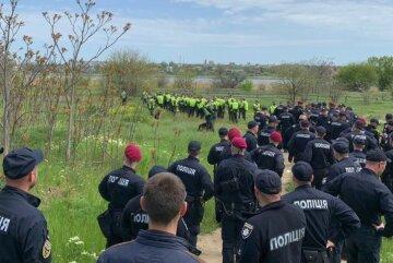 Поліція масово кинулася на пошуки чоловіка: фото і прикмети миколаївця