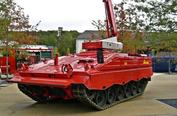 пожарный танк