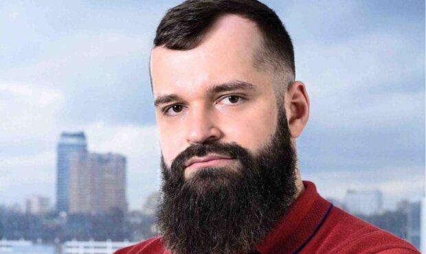 владислав савченко, Генеральний директор PowerCodeLLC, Магистр Права