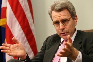 Посол США похвалив Україну і розкритикував Росію за Мінськ