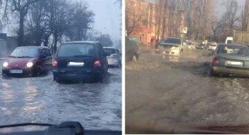 У лютий мороз заливає водою: у Києві вулиця перетворилася на річку, подробиці НП