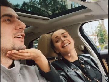 """Эллерт выставил напоказ кадры своих нежностей с Мишиной прямо в машине: """"Моя стрекозья"""""""
