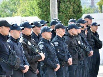 В Умань стянули полицию со всей Украины, ситуация накаляется: кадры происходящего в городе