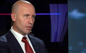 """Перший варіант втілює помічник президента з національної безпеки Салліван, другий - Нуланд та інші """"голуби"""", - Бізяєв про США"""