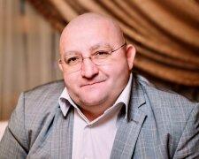 Василий Бондаренко.