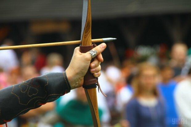лук стрелы стрела УНИАН