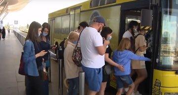 карантин маски автобус заробітчани транспорт
