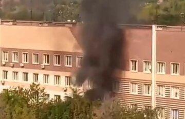 Були чутні крики: біля пологового будинку стався вибух, кадри з місця НП в Донецьку