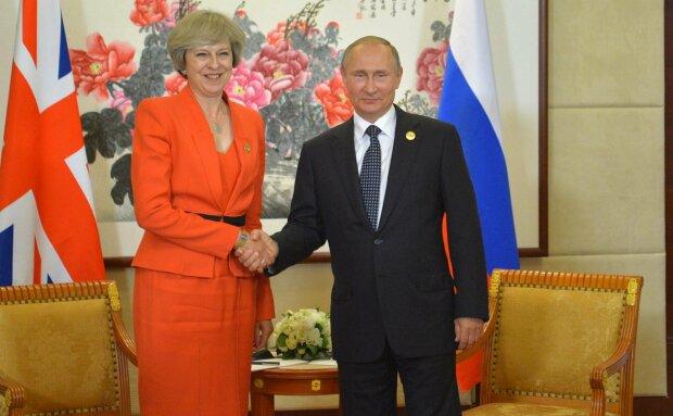 Vladimir_Putin_and_Theresa_May_(2016-09-04)_02