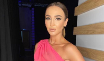"""Томна Бузова осліпила блискучим вбранням і вдалим ракурсом: """"Вау, Ольга"""""""