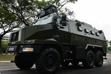 В Сингапуре на учениях продемонстрировали новейшие бронемашины «Peacekeeper» (фото)