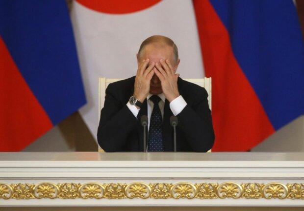 """Путіна в Парижі поставили у дуже незручне становище, фотожаба підірвала мережу: """"Рогатий і побитий"""""""