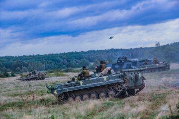 Плани Кремля похитнулися: США перекидають в Україну потужні бомбардувальники і техніку