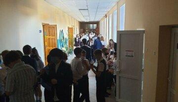 Як пройдуть випускні та лінійки в одеських школах: батьків засмутили