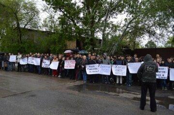 Запорожские предприниматели протестуют против коррупционного беспредела на таможне (фото, видео)