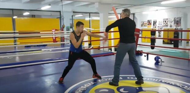 Украинский боксер показал космическую скорость рук на тренировке, видео: уничтожит любого